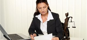 Things a Bankruptcy Lawyer Can Do That You Can't Do Alone